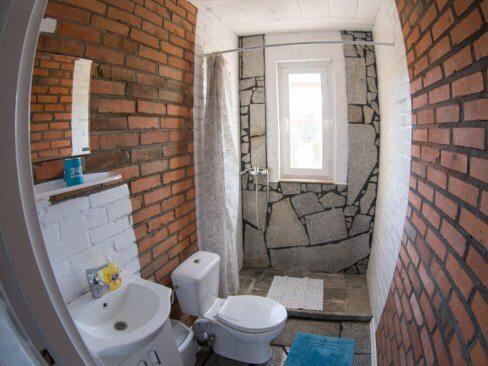 Pokoje z łazienką w Cichowie