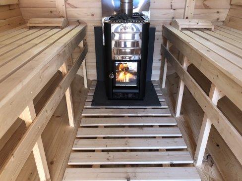 Sauna fińska opalana drzewem - Wczasy w Cichowie